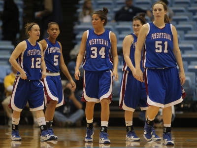 Lady Blue Hose Hold Off Bulldogs