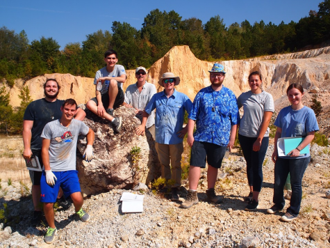 Dr. Rischbieter and the group in the Hammondsville dolomite quarry
